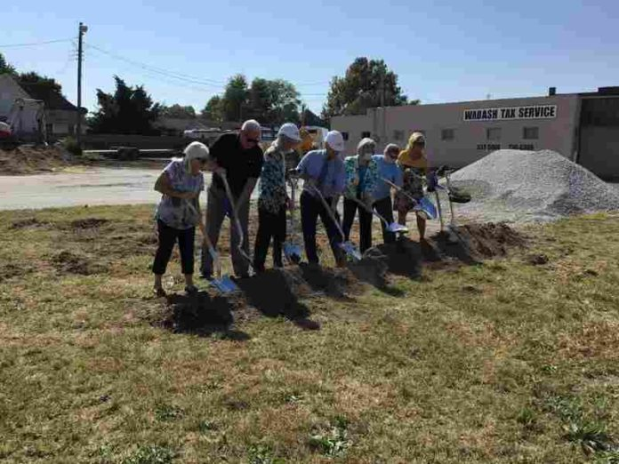 Earth turned to new health center West Terre Haute |  Local News