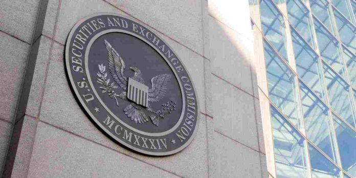 The SEC punishes the RIA with an undisclosed amount From Currency Markets